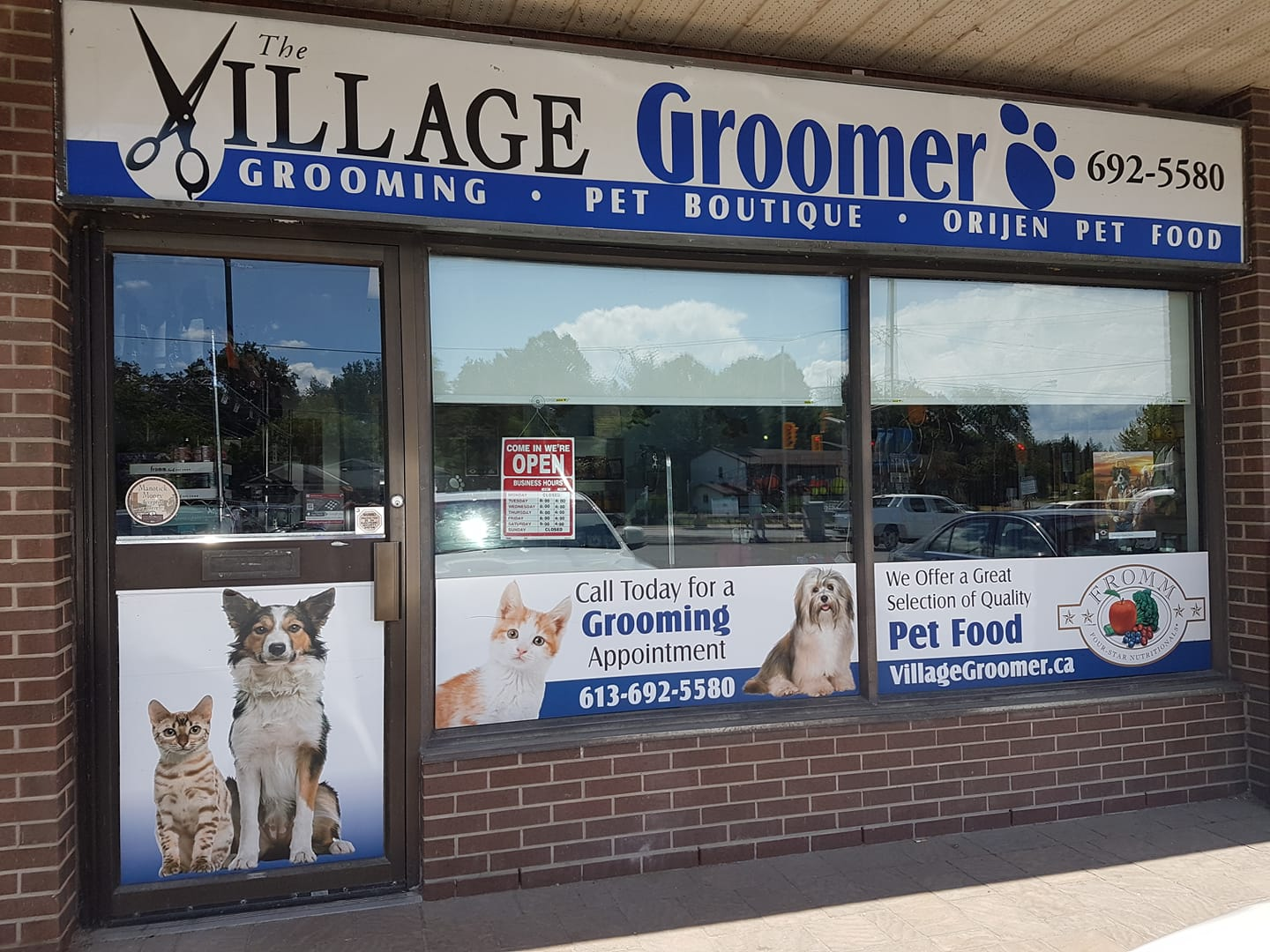 The Village Groomer logo - Business in Manotick